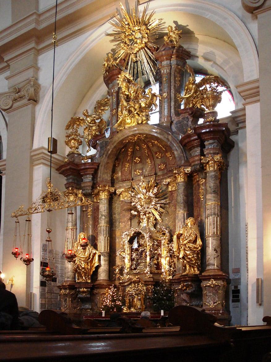 Église Notre-Dame-de-la-Victoire, à Prague. Crédit photo : domaine public